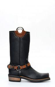 Stivali Liberty Black in pelle nera con anelli e punta squadrata