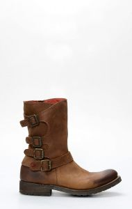 Victory Red boot with zipper and straps
