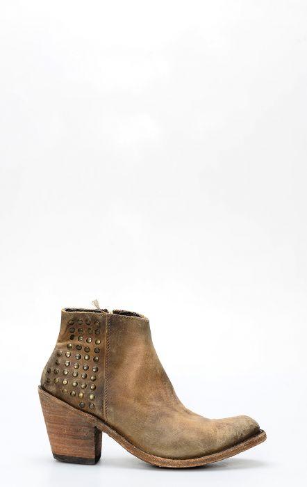 Stivali Liberty Black corto con zip e conchos american tan