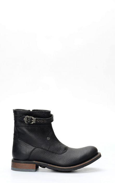 Liberty Black biker boot with black zip