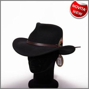 Cappello nero in feltro di lana antipiega