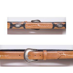 Cintura cuoio naturale con ricamo a filo spinato e conchos