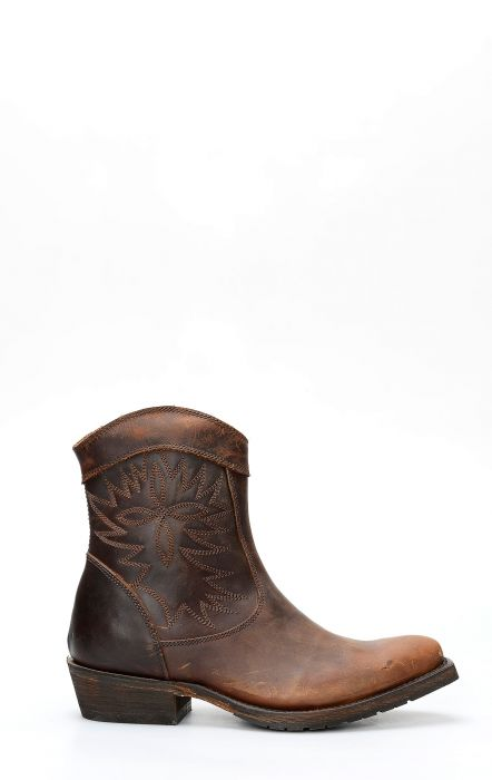 Short boot by Caborca; Rugget Gaucho Sonora