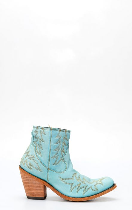 Short turquoise boots by Liberty Black
