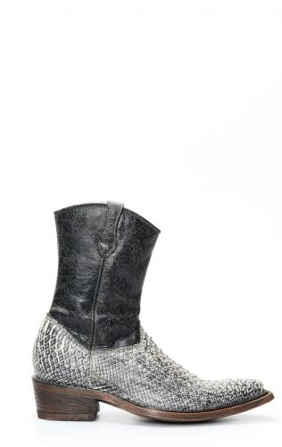 Cuadra ankle boot in pistachio-colored python leather
