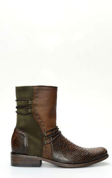 Short boots by Cuadra Phyton honey