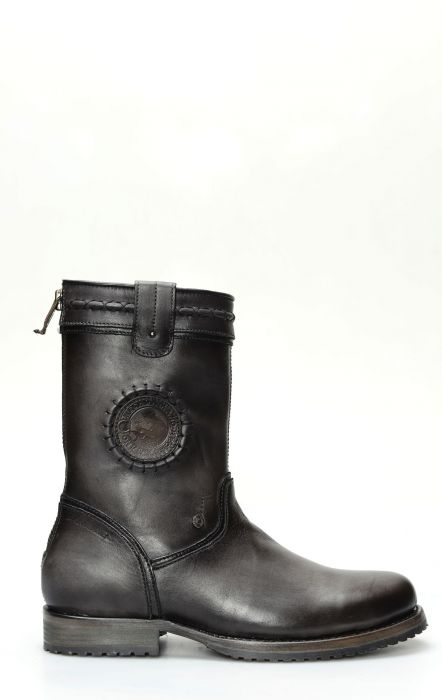 Cuadra crust wax ankle boot with zip