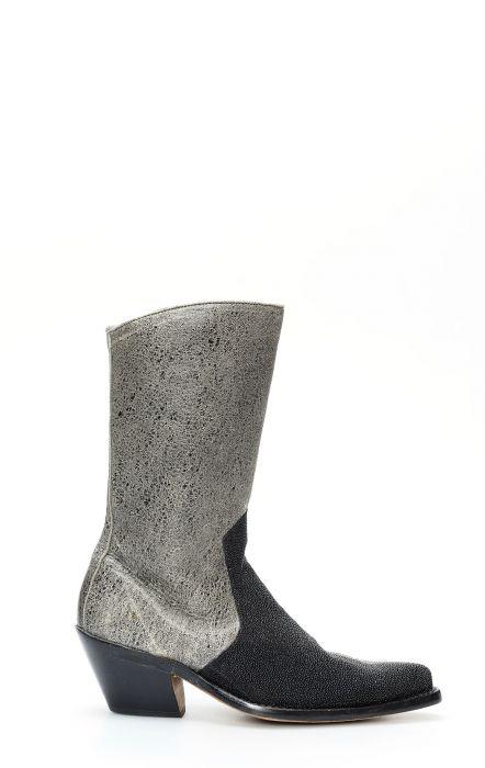 Frida boot by Cuadra in Manta leather