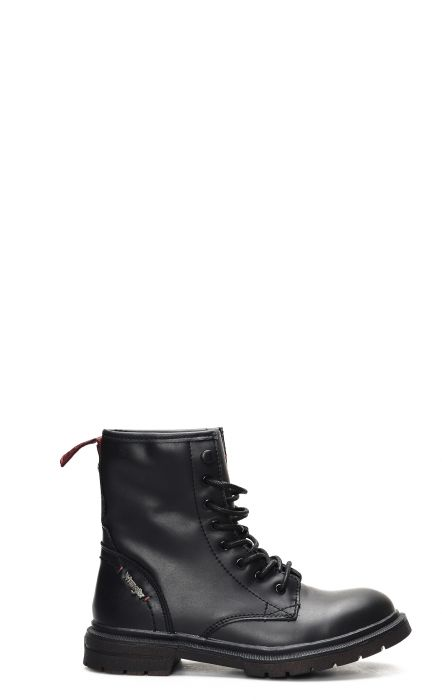 Wrangler Spike Mid boot with laces in black