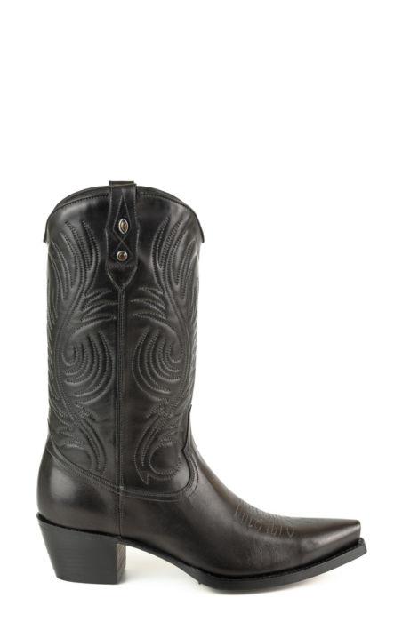 Stivali Texani colore nero a mezzo tacco