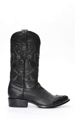 Cuadra boots in black ostrich belly with toe on shoulder
