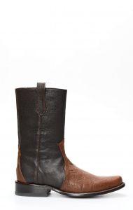 Stivali Cuadra marrone in pelle di pancia di struzzo con puntale in spalla