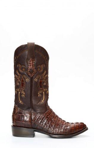 Bottes Cuadra en cuir de crocodile marron foncé avec pointe en J