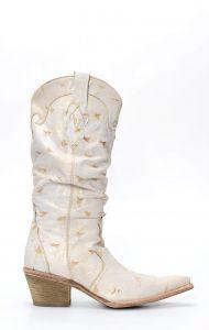 Stivali Texani Frida by Cuadra bianco invecchiato con pieghe sul gambale