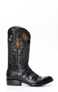 Stivali Texani Cuadra uomo in coccodrillo nero e punta attenuata