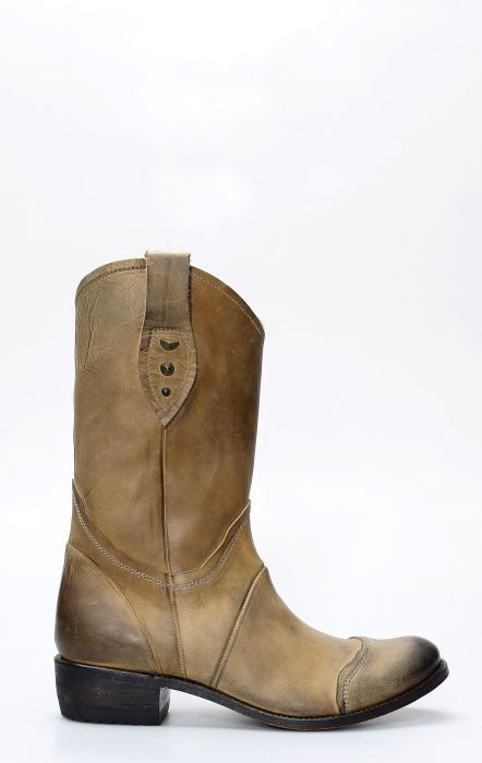 Sendra boots in light brown biker style aged leather